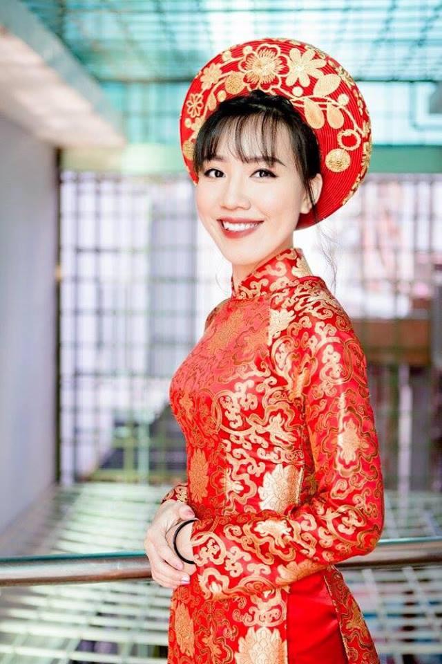 Bộ áo dài đẹp giúp cho bạn nổi bật hơn trong lễ cưới