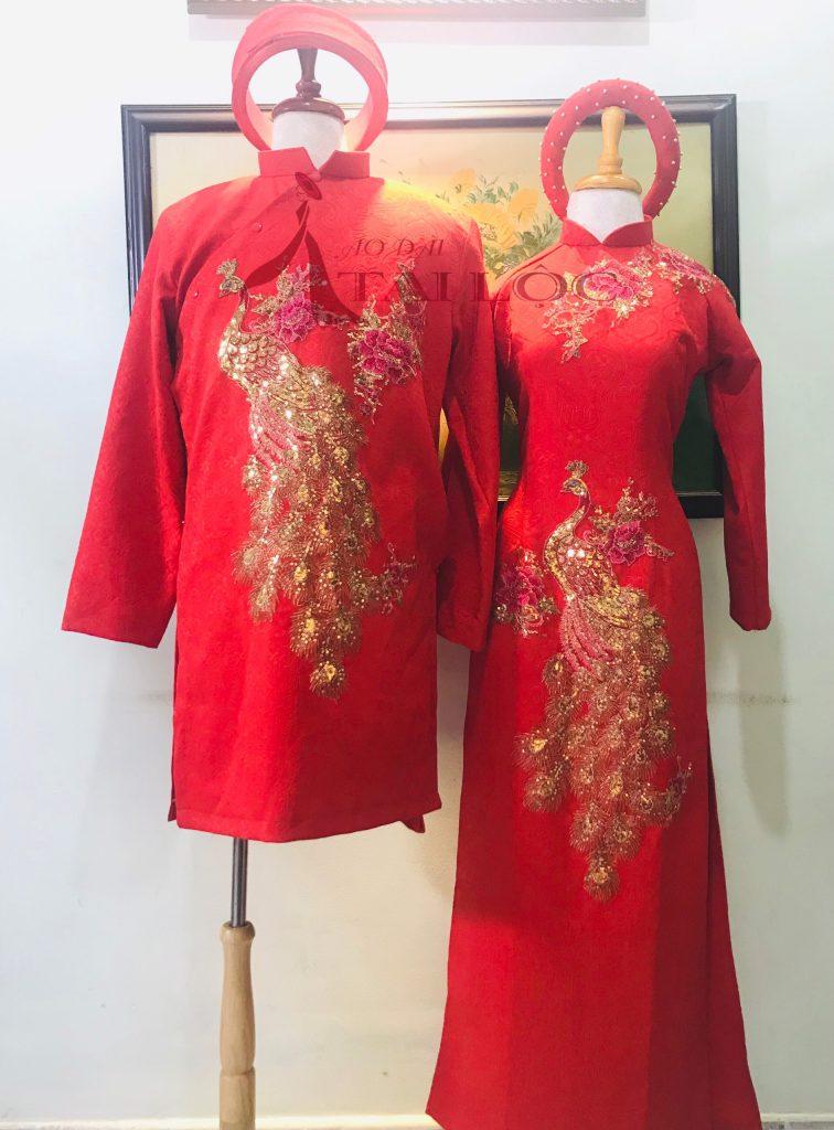 Những mẫu thiết kế áo dài cặp độc đáo, ấn tượng