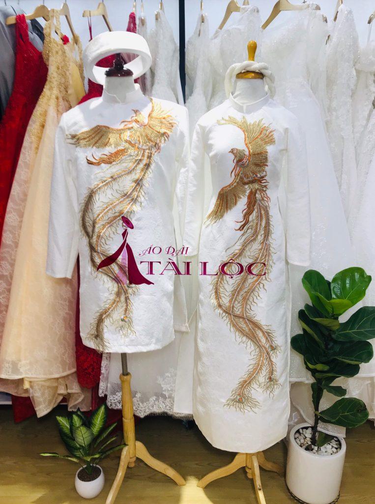 Áo dài Tài Lộc sẽ cung cấp cho bạn những mẫu áo dài cưới mới nhất