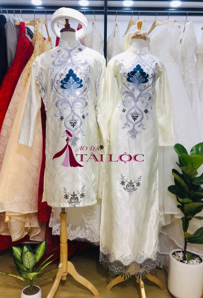 Bảng giá thuê áo dài cưới màu trắng chất lượng Tại Áo Dài Tài Lộc