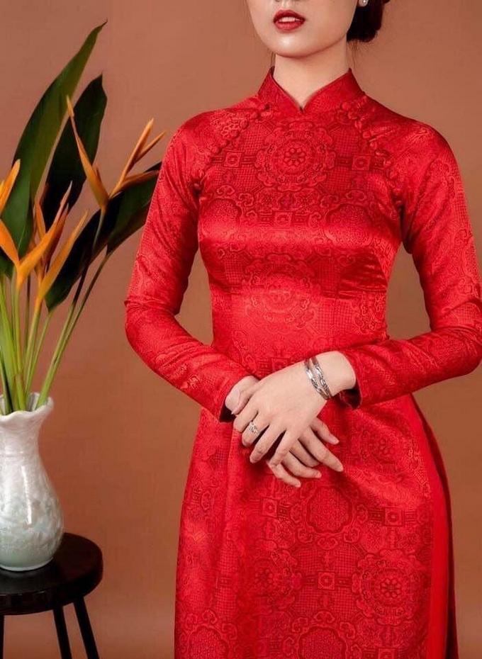 Áo dài cưới màu đỏ trơn
