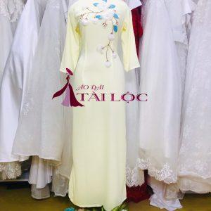 Áo dài bê tráp truyền thống màu vàng chanh ms2