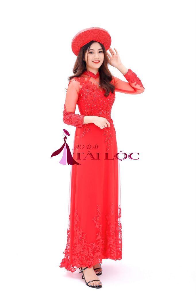 Áo dài cưới vải ren màu đỏ 6 Tà