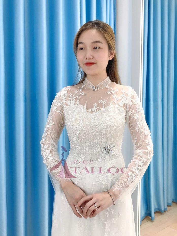 Áo Dài Cưới Màu Trắng Vải Ren Hoa