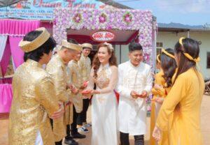 Kinh nghiệm lựa chọn áo dài cô dâu phù hợp nhất