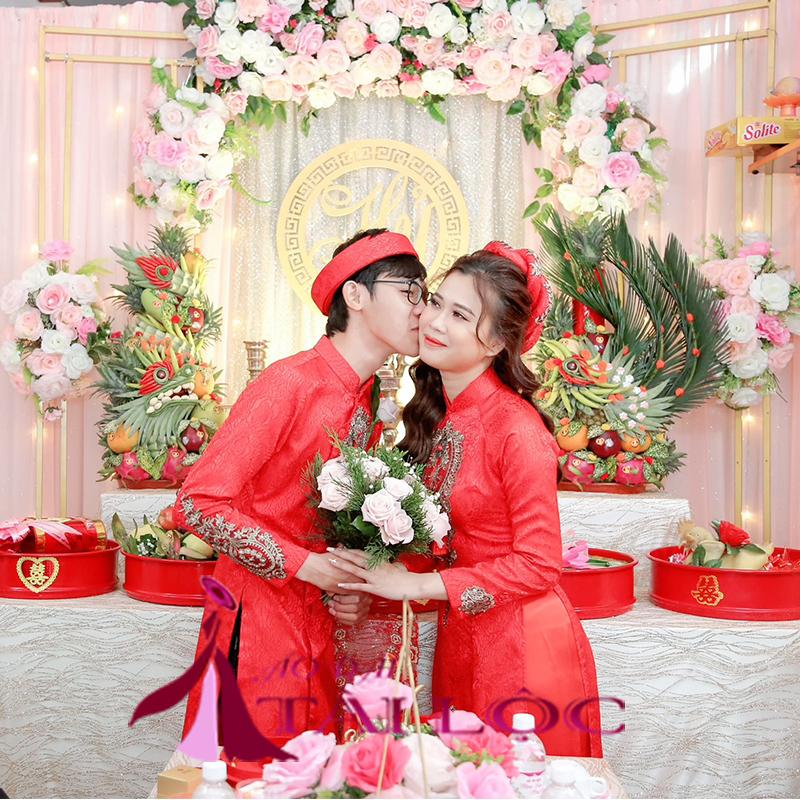 mẩu áo dài cưới màu đỏ