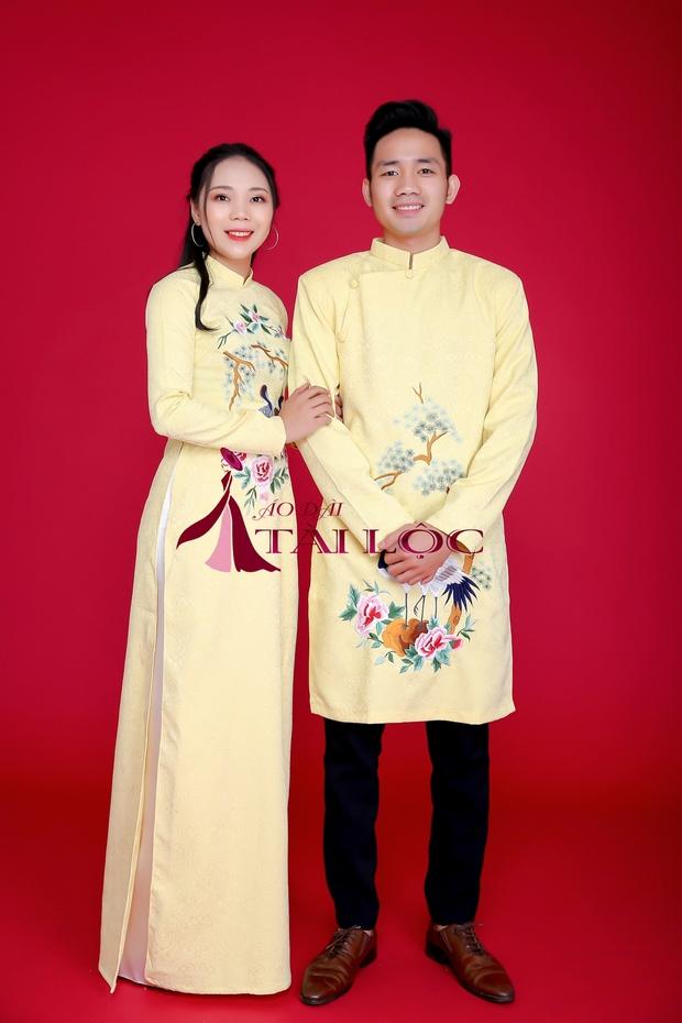 Áo dài cặp cưới màu vàng vải gấm
